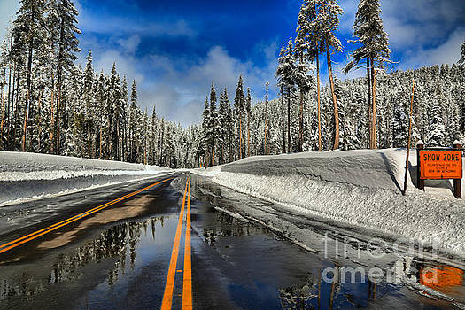 Adam Jewell - Crater Lake Snow Zone