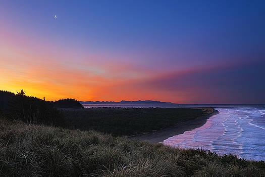 Crescent Moon Sunrise by Ryan Manuel