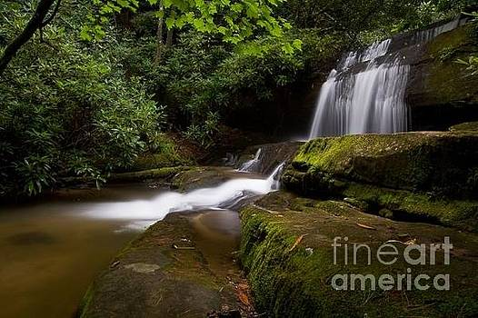 Crow Creek Falls by Robert Benton