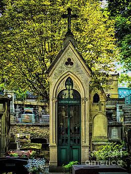 Crypt in Montmartre by Karen Lewis
