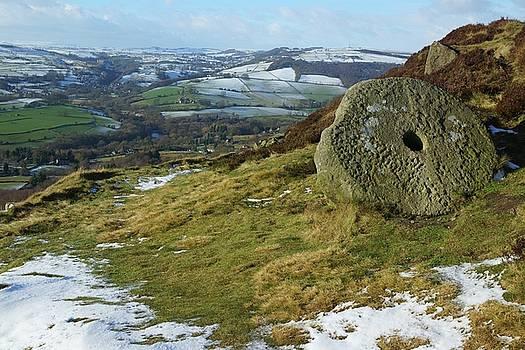 Curbar Edge Millstone by David Birchall
