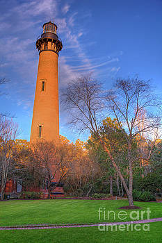 Dan Carmichael - Currituck Lighthouse in Winter Outer Banks