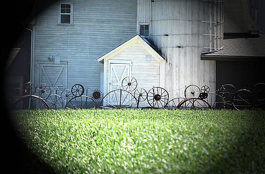 Dahmen Barn near Uniontown by Anne Mott