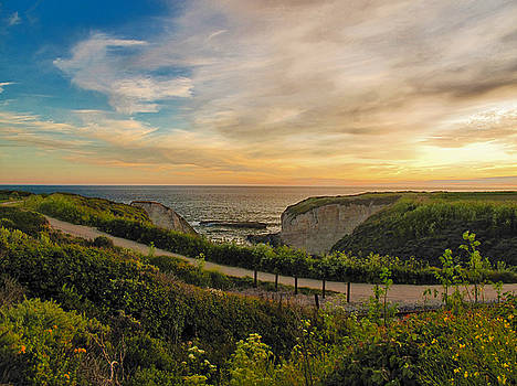 Davenport Postcard Sunset by Larry Darnell