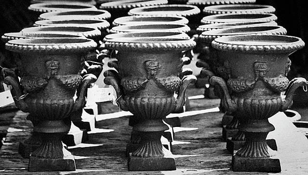 Teresa Mucha - Decorated Urns