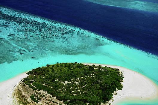 Jenny Rainbow - Deserted Coral Island. Maldives