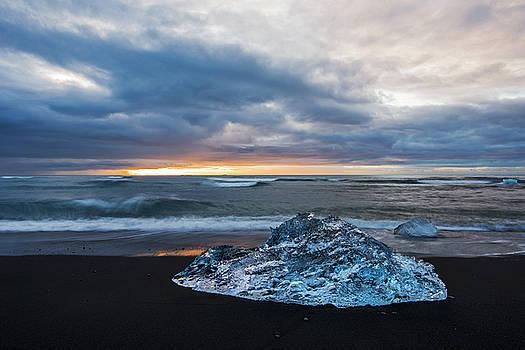 Diamond Sunrise, Jokulsarlon Bay, Iceland by Brad Scott