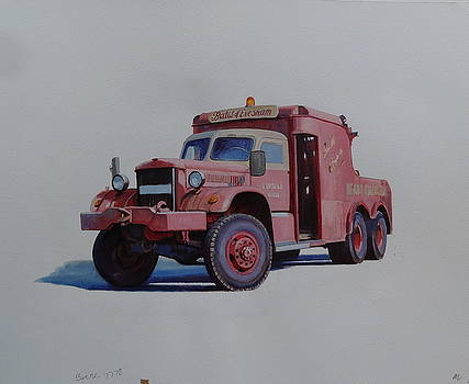 Diamond T wrecker. by Mike Jeffries