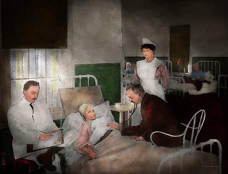 Mike Savad - Doctor - Hospital - Bedside manner 1915
