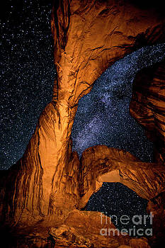 Double Arch and the Milky Way - Utah by Gary Whitton