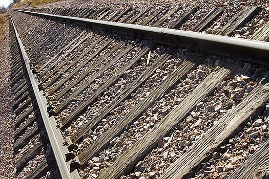 James BO  Insogna - Down the Tracks