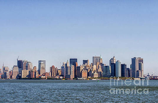 Downtown Manhattan by Patricia Hofmeester