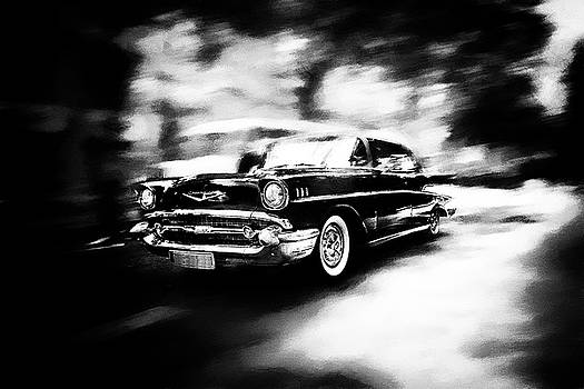 Driving Chevrolet 1957 by Frank Andree
