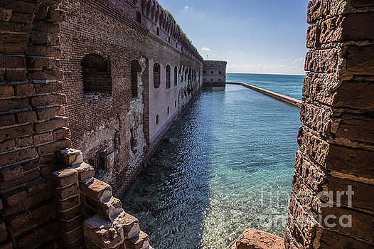 Dry Tortugas 2 by Richard Smukler