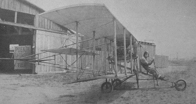 Gwyn Newcombe - Early Aviation