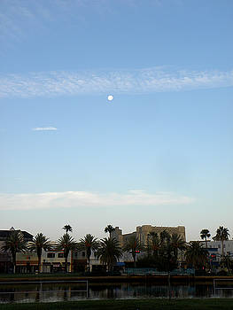 Early Sunday Morning in Daytona Beach 000   by Chris Mercer