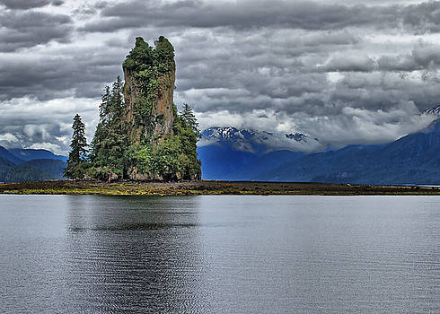 Eddystone Rock in Misty Fjords National Monument by Farol Tomson