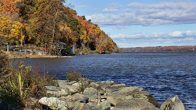 Edge Of The Hudson by Ron Grafe