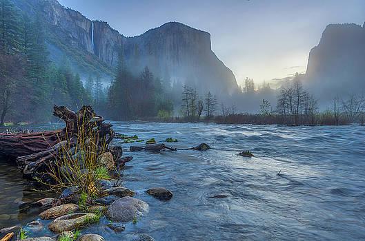 El Capitan Merced River Dawn by Scott McGuire
