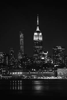 Raymond Salani III - Empire State Building in Black and White