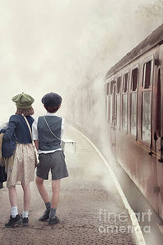 Evacuee Children On The Train Platform by Lee Avison