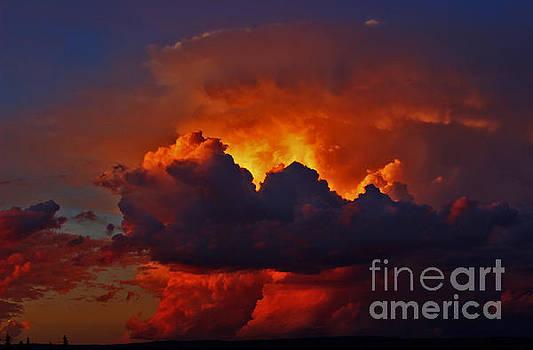 Evening thunderhead by Wesley Hahn