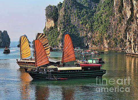 Chuck Kuhn - Exotic Sailing Vietnam