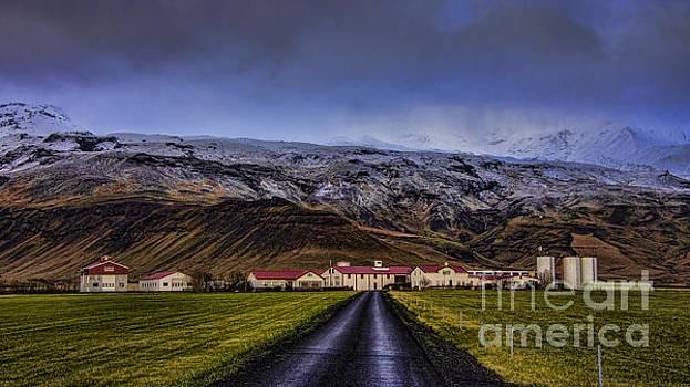 Eyjafjallajkull Volcano  Iceland by Chris Thaxter