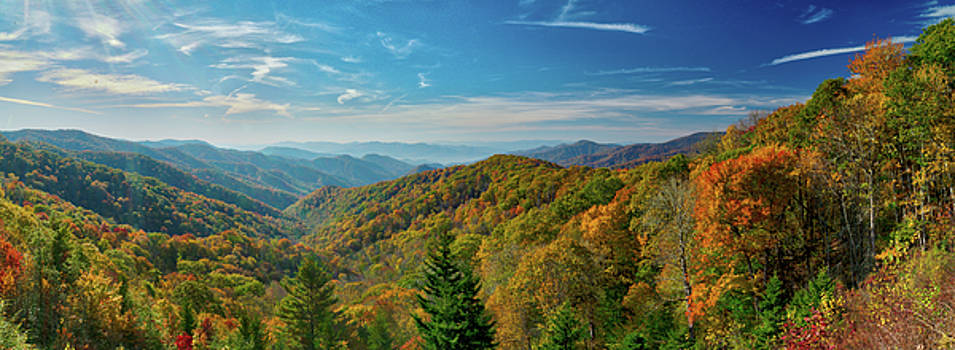 Fall Morning in the Smoky Mountains by Dave Files