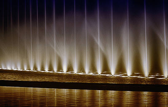 Fanfare Fountains by Joseph Hollingsworth