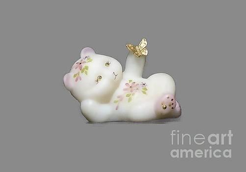 Fenton Bear Cutout by Linda Phelps
