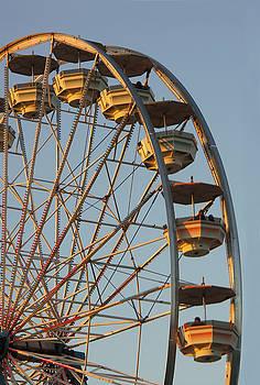 Ferris Wheel by Lee Fortier