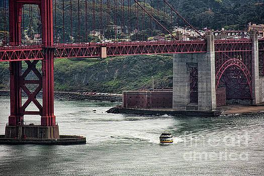 Chuck Kuhn - Ferry under Golden Gate Bridge SF