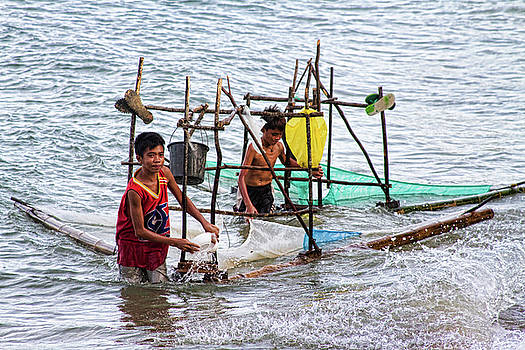 James BO  Insogna - Filipino Fishing