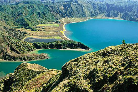 Gaspar Avila - Fire Lake - Azores