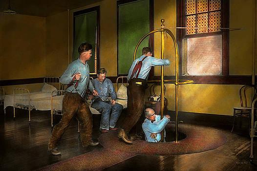 Mike Savad - Fireman - The firebell rings 1922