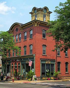 Flemington Main Street by Dave Mills