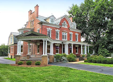 Flemington Mansion by Dave Mills