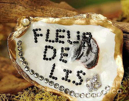Fleur de Lis Oyster Art Photo by Luana K Perez