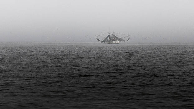 Foggy Boat 2 by Brent Paape