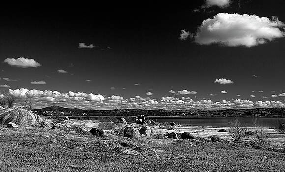 Folsom Lake by Dave Perks