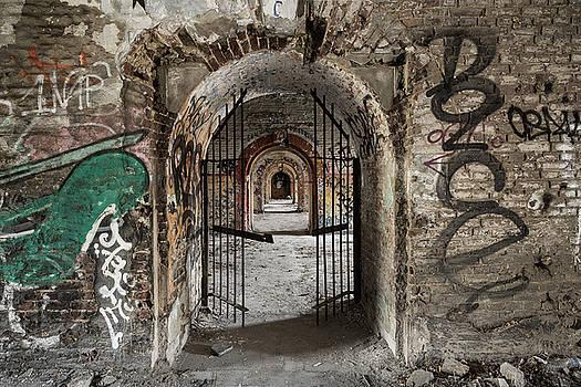 Fort de la Chartreuse by Antony Meadley