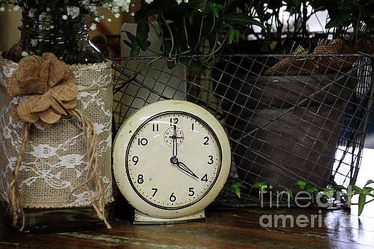 Four O'Clock by Stephanie Frey