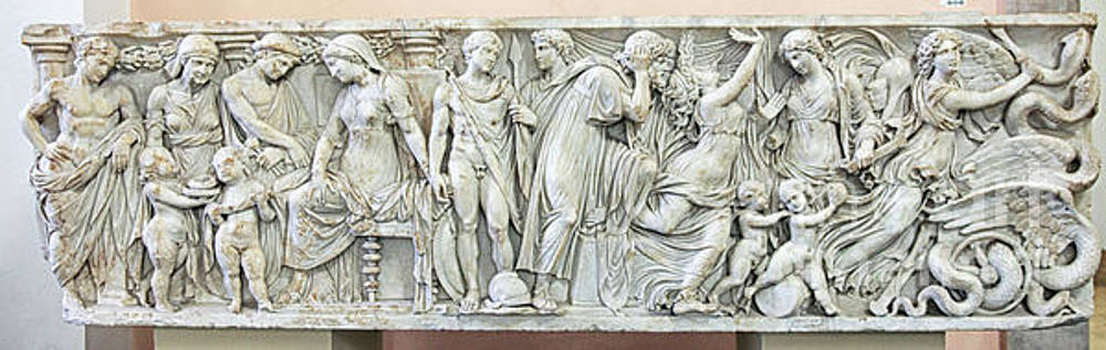 Frieze with the story of Medea by Patricia Hofmeester
