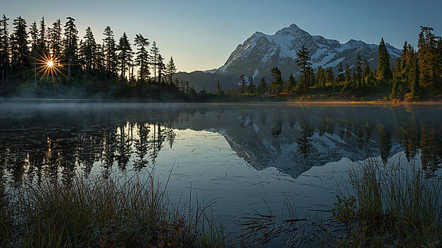 Frosty Picture Lake by Dan Mihai