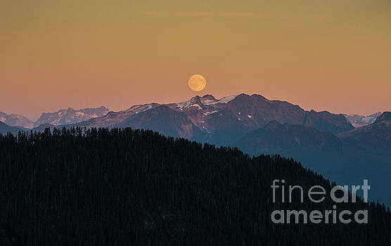 Full Moonrise Over the North Cascades by Mike Reid