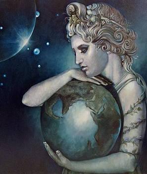 Gaia by Geraldine Arata