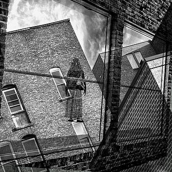 Gallery Noir by Geoffrey Coelho
