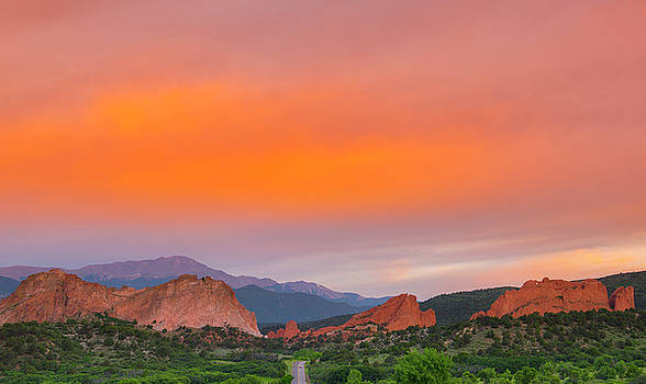 Garden of the Gods Sunset by Tim Reaves