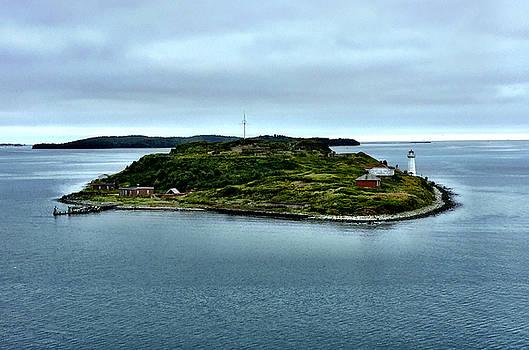 Georges Island  by Richard Stillwell